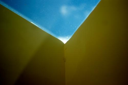 Le ciel vu depuis la bibliothèque de la Maison La Roche © Jérôme Orsoni
